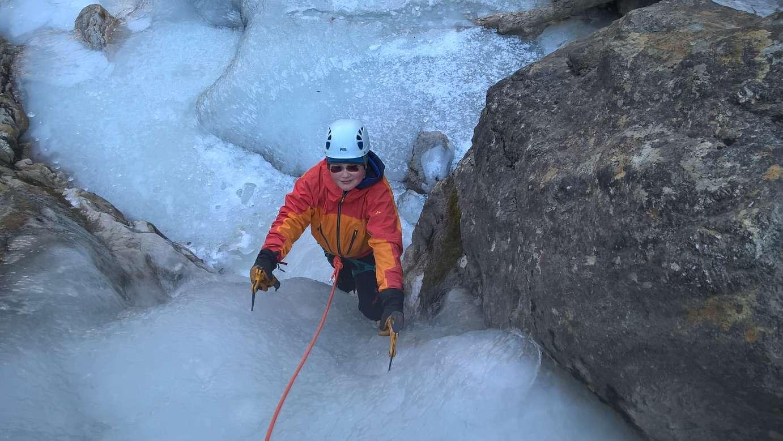 Klettergurt Eisklettern : Eisklettern im stubaital am naturjuwel grawawasserfall